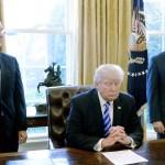 Donald Trump culpó a los demócratas del fracaso de su propuesta de reforma a la ley de salud. (EFE)