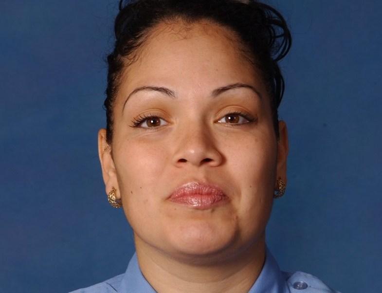 Un hombre, identificado como José González, fue detenido y acusado de matar a la paramédico Yadira Arroyo.