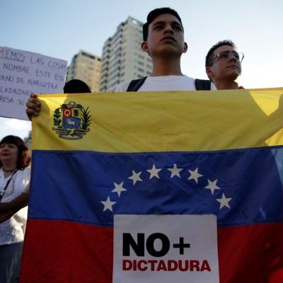 ¿Golpe de Estado?, ¿Qué está pasando en Venezuela?