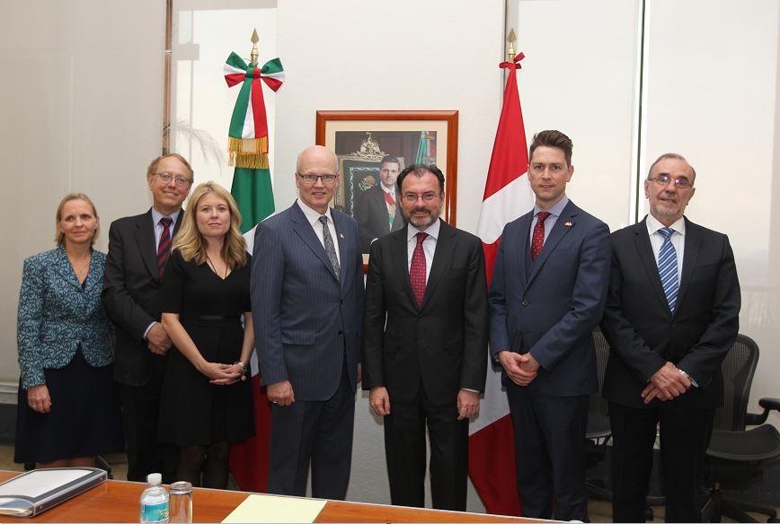 Los funcionarios dialogaron sobre la importancia de la relación México-Canadá. (SRE)