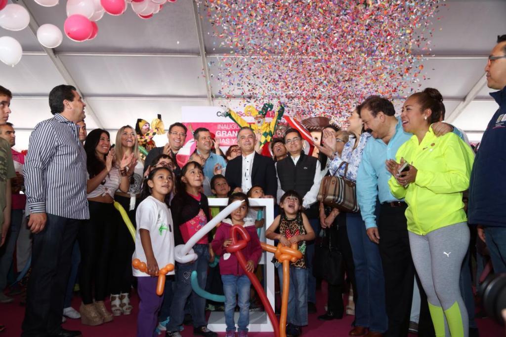 Realizan Gran Festival para celebrar a los niños en el Zócalo de la CDMX