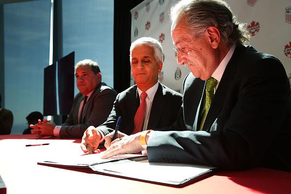 Presentación de la candidatura de México, Estados Unidos y Canadá para organizar el Mundial de 2026. (Getty Images)