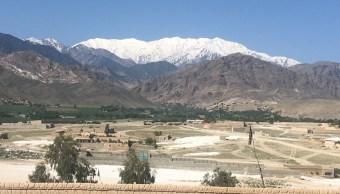 Fuerzas estadounidenses atacan un complejo de túneles del Estado islámico en Afganistán con la madre de todas las bombas. (AP)