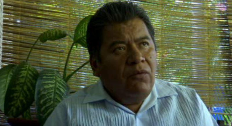 La camioneta en la que viajaba el alcalde y su familia fue interceptada a la altura de la comunidad de Papalutla (Noticieros Televisa)