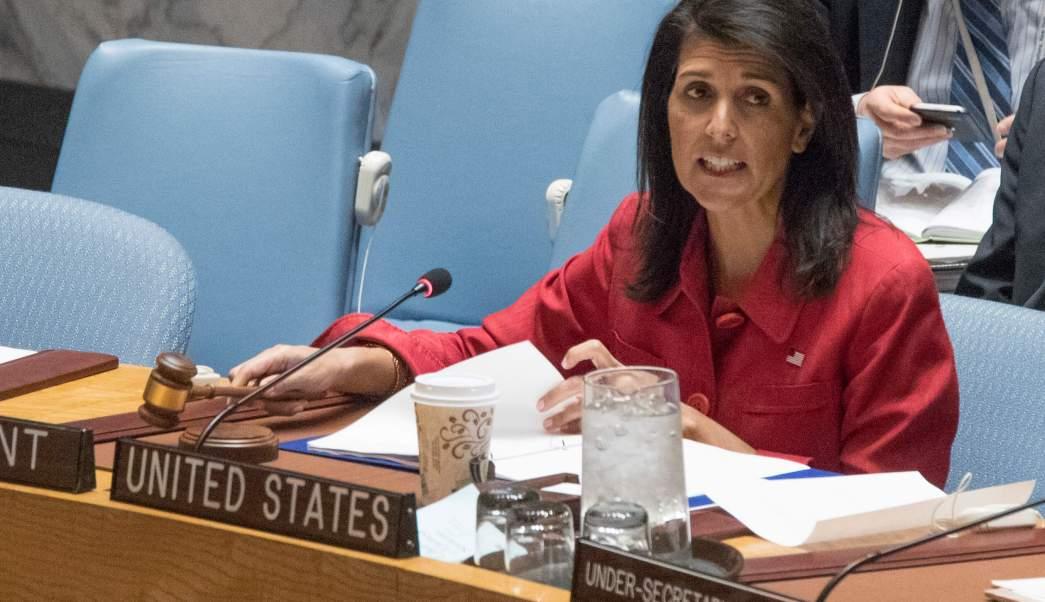 La embajadora de Estados Unidos ante la ONU, Nikki Haley, durante una reunión del Consejo de Seguridad sobre la situación en Siria. (AP/archivo)