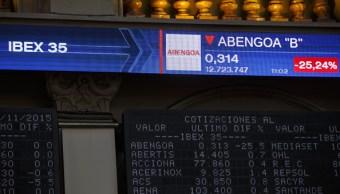 Tablero electrónico con resultados de la Bolsa de Madrid. (Getty Images)