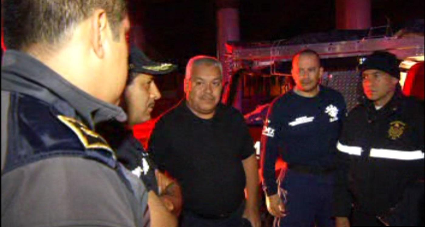 Bomberos de la Ciudad de México viajan a Guanajuato para ayudar en las tareas de rescate de un niño que presuntamente cayó a un pozo (Noticieros Televisa)