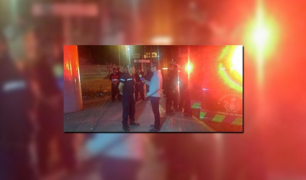 Bomberos de la Ciudad de México viajan a Guanajuato para ayudar en las tareas de rescate de un niño que presuntamente cayó a un pozo (Twitter @memosegura11)