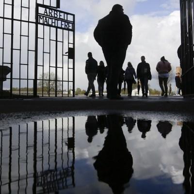 Alemania conmemora el 72 aniversario de la liberación de Ravensbrück y Sachsenhausen