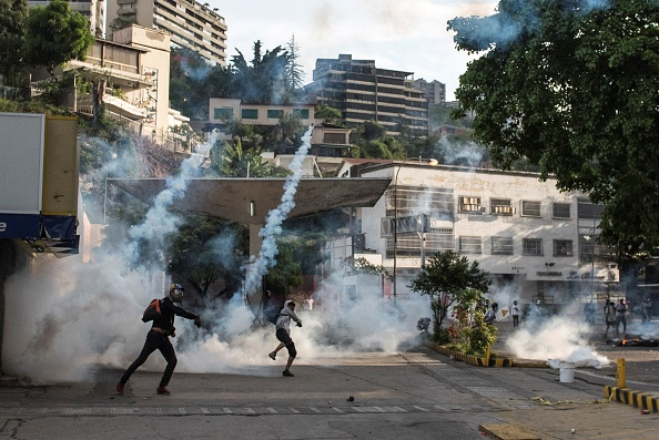 Cientos de heridos y más de 20 muertos es el saldo por las marchas a favor y en contra de Nicolás Maduro (Getty Images)