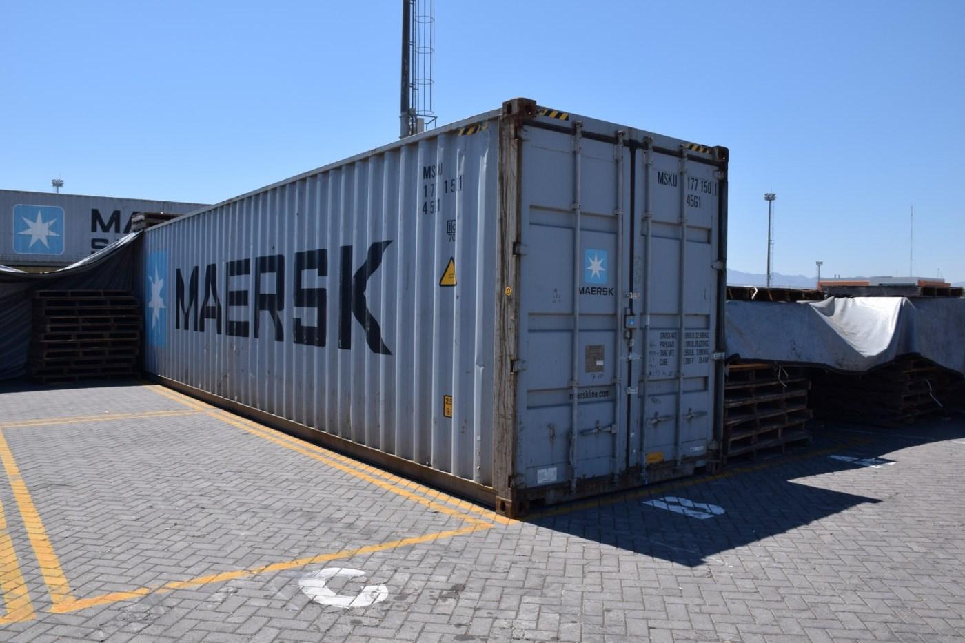 Contenedor de buque con 794 sacos de sal adicionada con pasta de cocaína. (Semar)