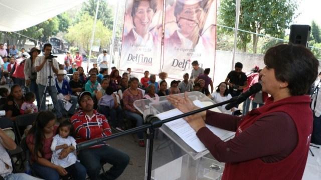 La candidata de Morena, Delfina Gómez, estuvo de gira por Ecatzingo, Nepantla y Ozumba en el Estado de México. (Twitter @delfinagomeza)