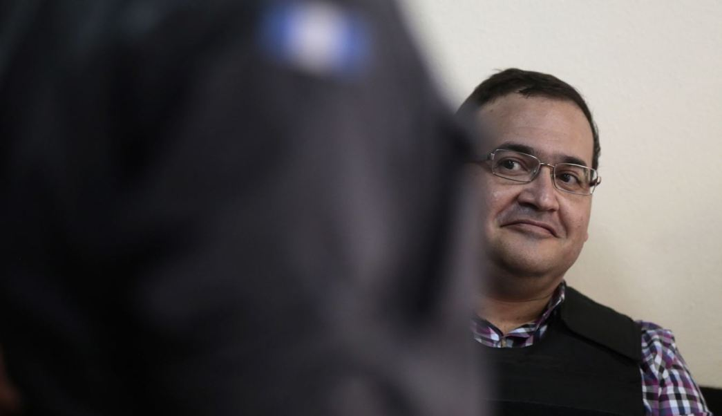 Siete millones de pesos que la Federación otorgó a la Unidad Antisecuestros de Veracruz durante la administración de Javier Duarte están desaparecidos; el secuestro en la entidad incrementó casi 16 por ciento en febrero pasado. (AP)