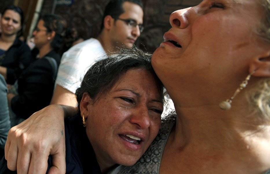 Temor entre la población egipcia al registrarse una explosión en una iglesia en Alejandría (AP/archivo)