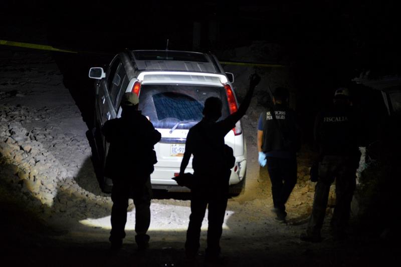 Hallan ocho cuerpos dentro de camioneta en Chilpancingo, Guerrero. (EFE)