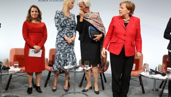 Ivanka Trump, Christine Lagarde, Angela Merkel, en reunión de mujeres emprendedoras. (Getty Images)