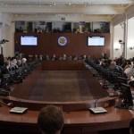 La OEA pidió restaurar el orden democrático en Venezuela.