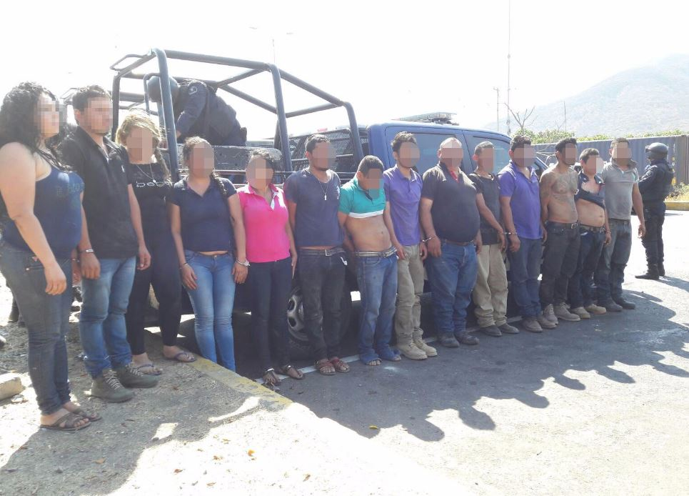 Detienen a 15 integrantes de una célula criminal ligada a