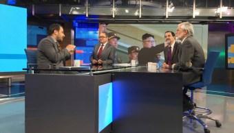 Maruan Soto Antaki, Francisco Gil Villegas y Francisco Olguín, en la mesa de Despierta con Loret. (Twitter, @NTelevisa_com)