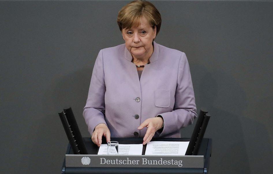 """""""Antes del inicio de las negociaciones, Gran Bretaña debe entablar un diálogo constructivo con la UE para resolver algunas cuestiones abiertas"""", sostuvo la canciller alemana. (AP)"""