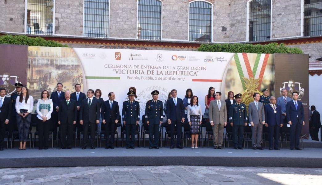 A la ceremonia asistió José Antonio Gali Fayad, gobernador del estado de Puebla (Sedena)