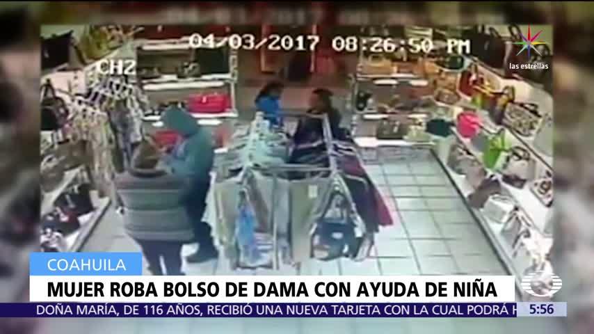 mujer roba bolsa con ayuda de nina en coahuila