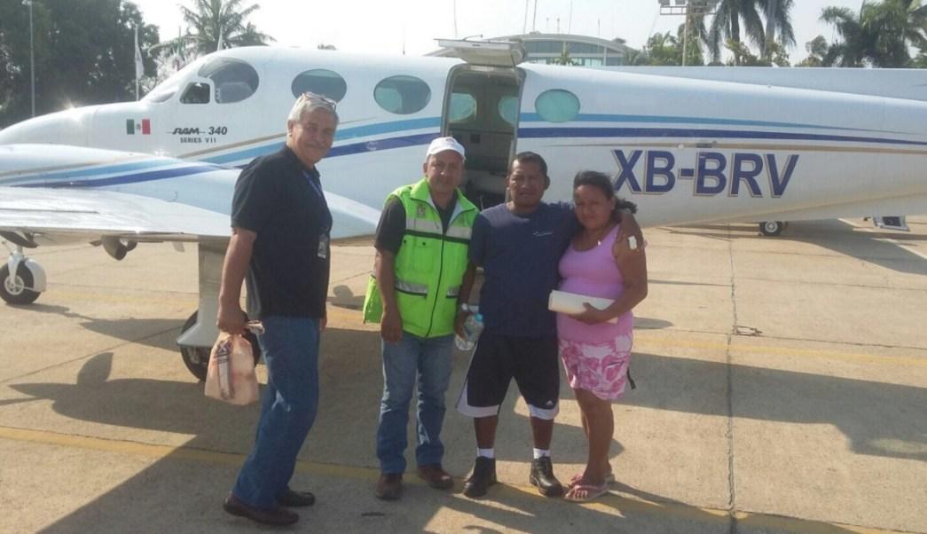 El pescador Efraín García Ramírez, que naufragó y fue rescatado en costas de Guerrero, se reunió con su familia. (Twitter: @nssoaxaca)