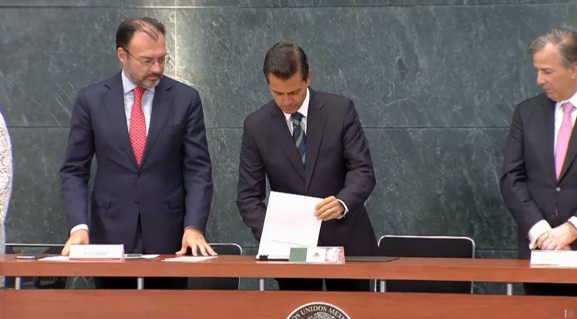 Servicio Exterior Mexicano, columna vertebral de la política exterior — EPN