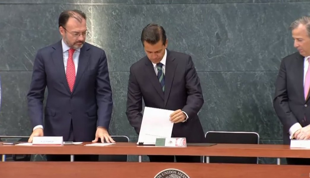 peña nieto firma modificaciones al reglamento del servicio exterior mexicano