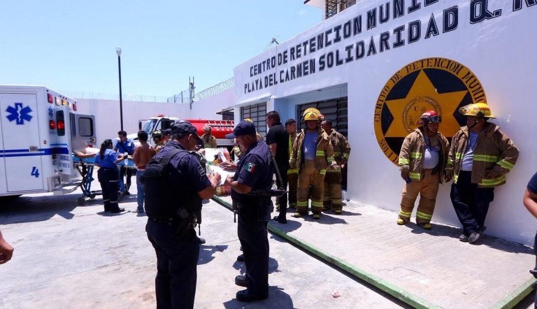 Durante la gresca, 22 internos resultaron lesionados, cinco de ellos requirieron el traslado a instituciones de salud. (Ayuntamiento de Solidaridad, Q. Roo.)