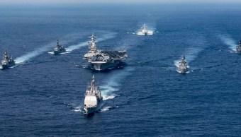El grupo de ataque Carl Vinson, que incluye a un portaaviones, viajará desde Singapur hacia la península de Corea (Getty Images/Archivo)