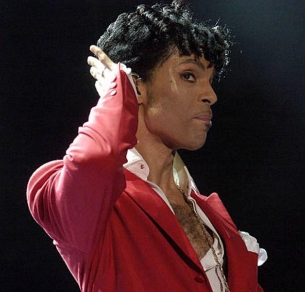 Un médico que vio a Prince días antes de su muerte le había recetado oxicodona bajo el nombre de un amigo del artista para proteger la privacidad del músico (Getty Images/archiv