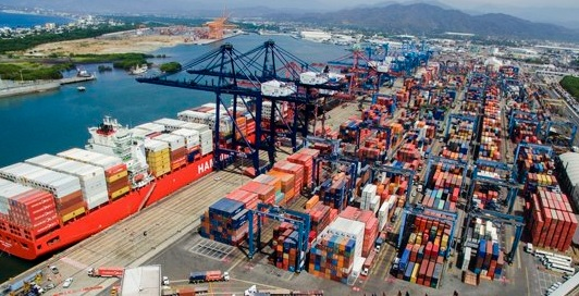 Puerto de Manzanillo (Twitter @api_manzanillo, archivo)