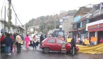 Habitantes de San Gregorio Atlapulco protestan en demanda de agua (onpublico.com)