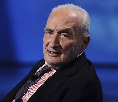 Giovanni Sartori durante una conferencia en Milán, Italia en 2009 (Getty Images)Giovanni Sartori durante una conferencia en Milán, Italia en 2009 (Getty Images)