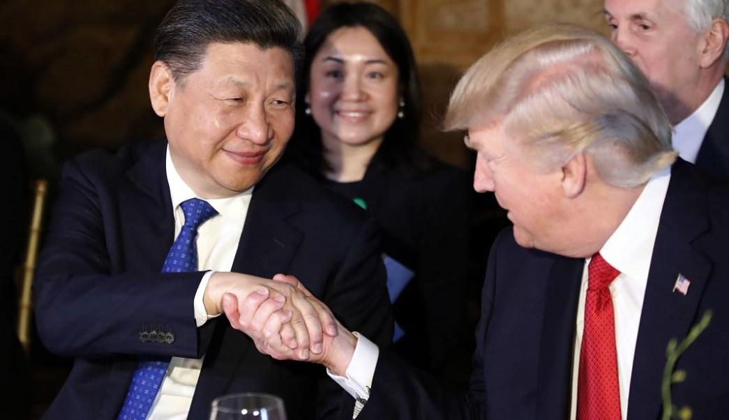 El presidente de Estados Unidos, Donald Trump, acepta la invitación de su homólogo chino, Xi Jinping, para visitar China este año. (AP)