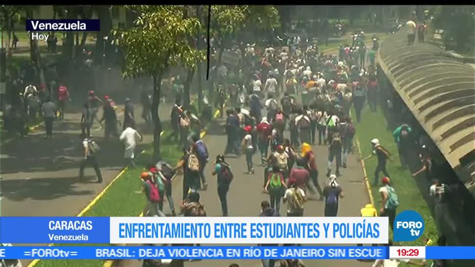 Enfrentamiento, Estudiantes, Policías, Caracas, Venezuela, Protesta