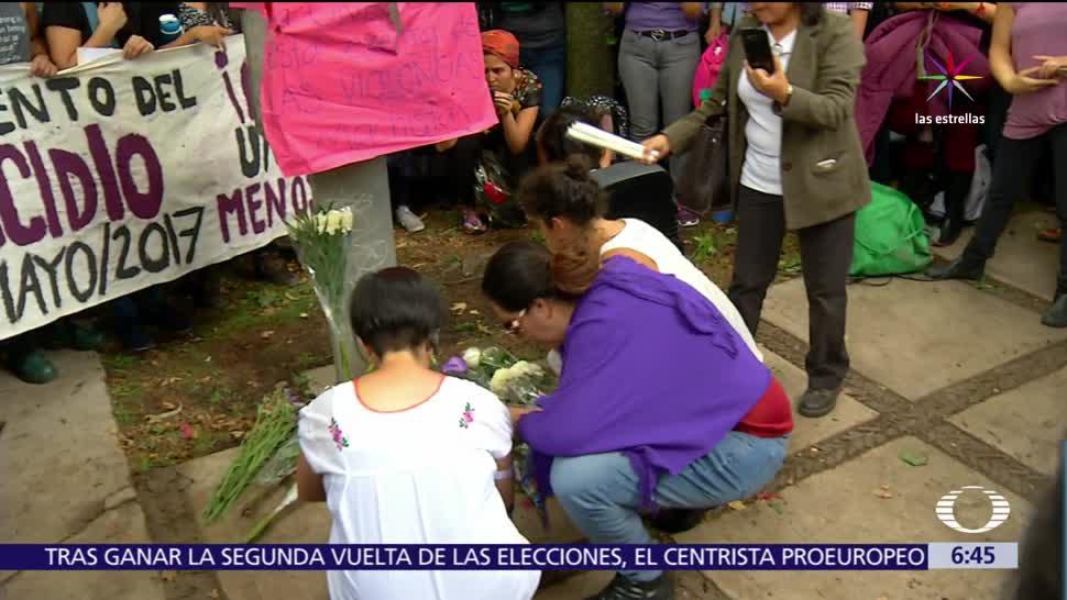 mujer asesinada, campus CU, UNAM, explanada de Rectoría