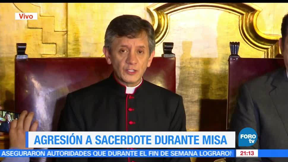 Noticias, forotv, Detienen al agresor, sacerdote, Catedral Metropolitana, sacerdote atacado