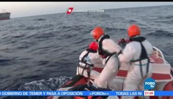 Rescatan, inmigrantes, Mar Mediterráneo, Guardia Costera italiana, Italia, rescate