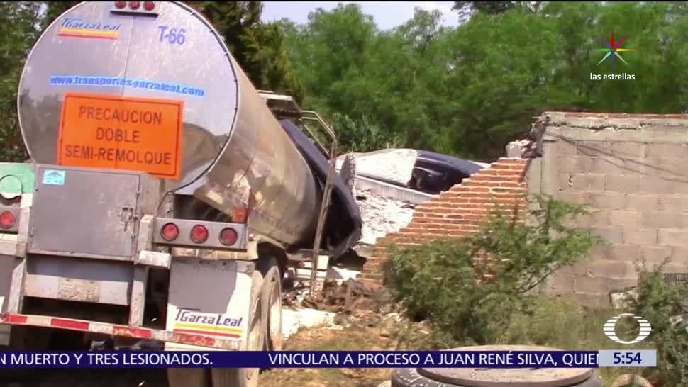San Luis Potosí, tráiler, choca contra vivienda, comunidad de Los López, chofer