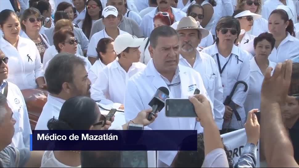 Marcha, batas blancas, Sinaloa, Médicos