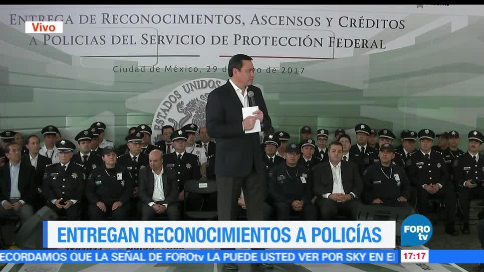 secretario de Gobernación, Miguel Ángel Osorio Chong, policías, federales,