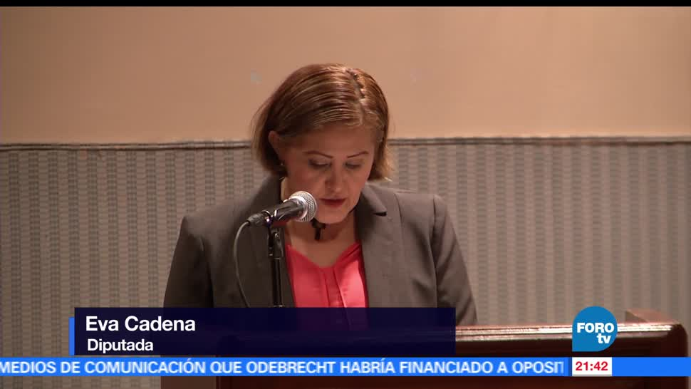 Eva Cadena, asegura, víctima, engaño, amlo, trampa