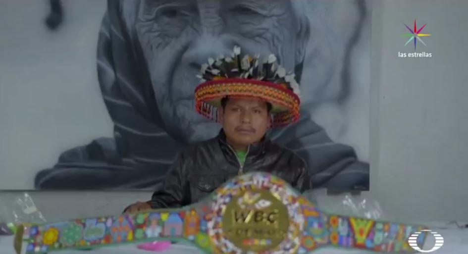 artista huichol elabora cinturón que disputarán El Canelo y Chávez Jr.