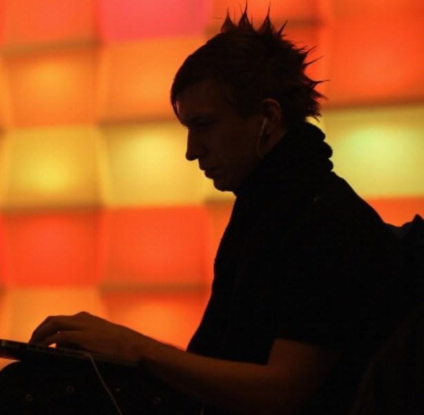 """Europol teme que el número de víctimas siga creciendo """"cuando la gente vuelva al trabajo y encienda la computadora (Getty Images)"""