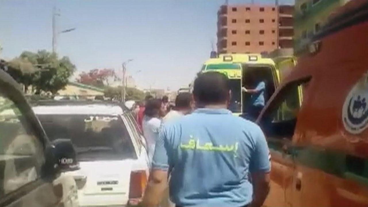 ataque terrorista contra autobus en egispto