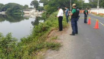 Auto cae al río Jamapa de Medellín, en Veracruz