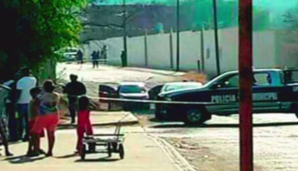 Autoridades resguardan el Semanario El Costeño, en Jalisco