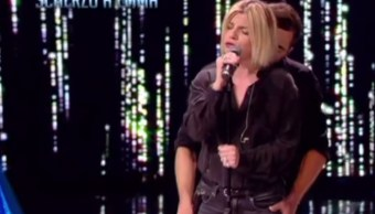 La estrella de pop italiana Emma Marrone (Facebook: Amici di Maria De Filippi)